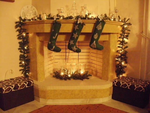 Χριστουγεννιάτικες μπότες και γυάλες με γκλίτερ