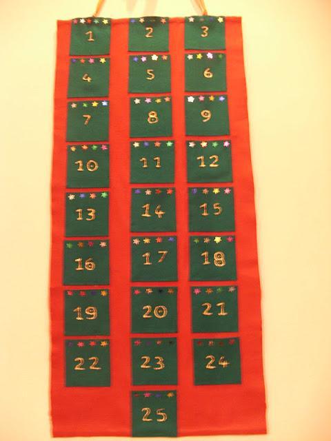 Ημερολόγιο αντίστροφης μέτρησης από τσόχα.