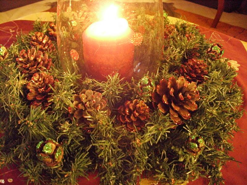 Χριστουγεννιάτικο στεφάνι για διακόσμηση τραπεζιού