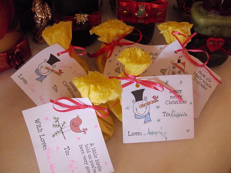 Οικονομική συσκευασία για τα χριστουγεννιάτικα δώρα