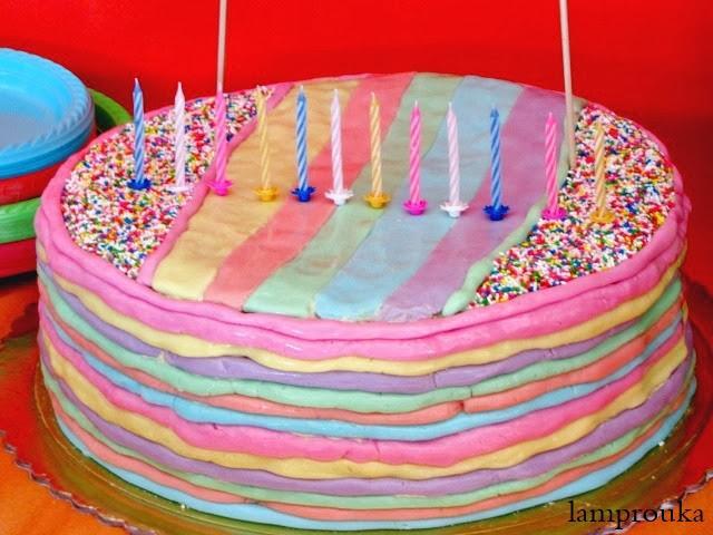τούρτα γενεθλίων ουράνιο τόξο με ζαχαρόπαστα. Τούρτες γενεθλίων για κορίτσια και αγόρια