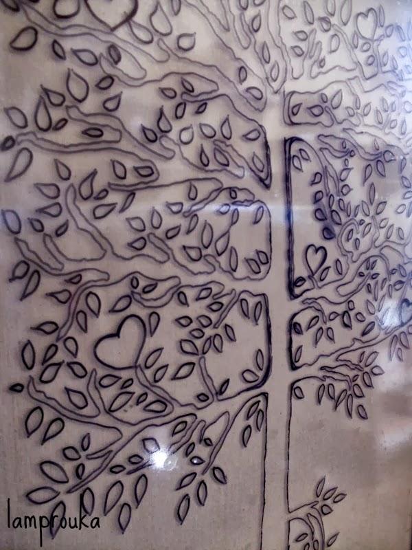 Ζωγραφική σε τζάμι με αυτοσχέδιο στένσιλ
