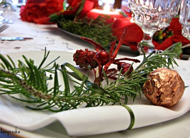 Όμορφες ιδέες για το στρώσιμο του γιορτινού τραπεζιού.