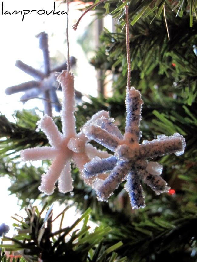 Κατασκευή χριστουγεννιάτικης χιονονιφάδας με βόρακα