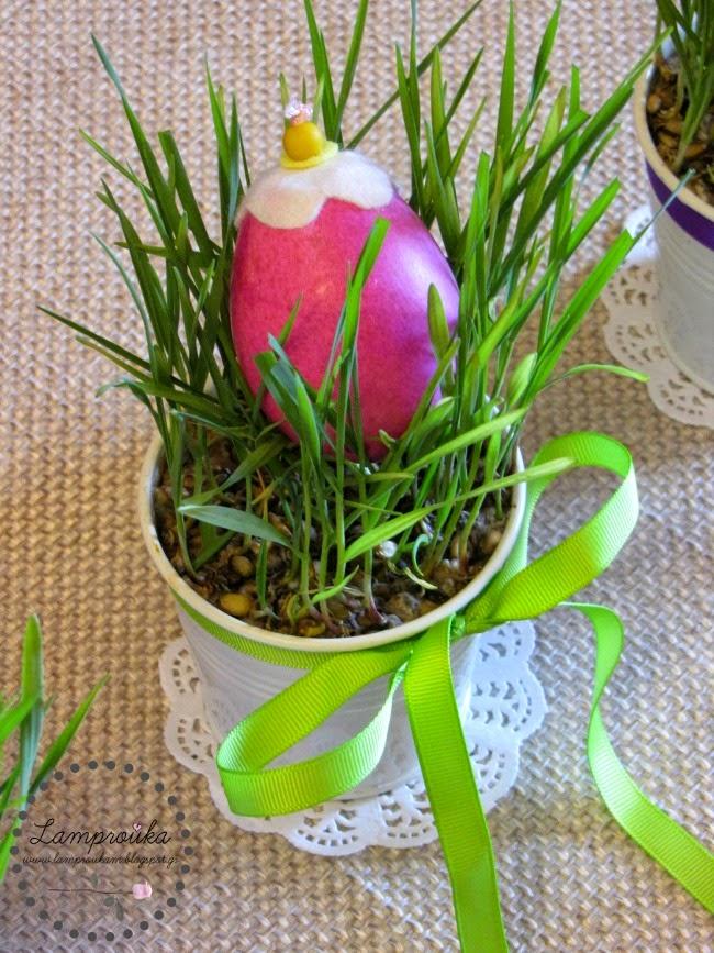 Φτιάχνουμε αληθινό χορτάρι για διακόσμηση με πασχαλινά αυγά