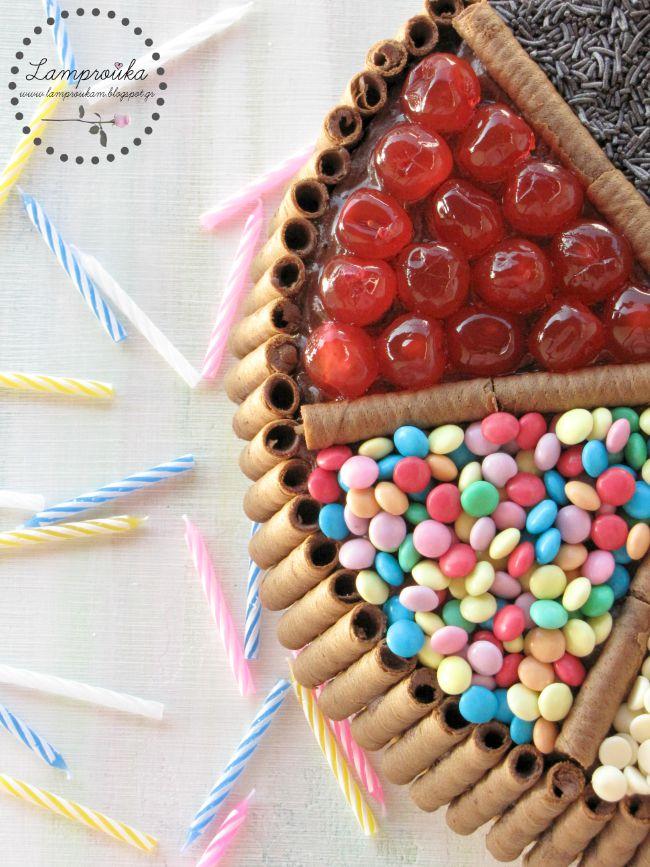 εύκολη διακόσμηση για τούρτα γενεθλίων