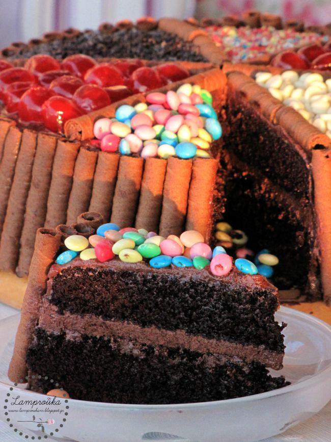 τούρτα σοκολάτα με ζαχαρωτά