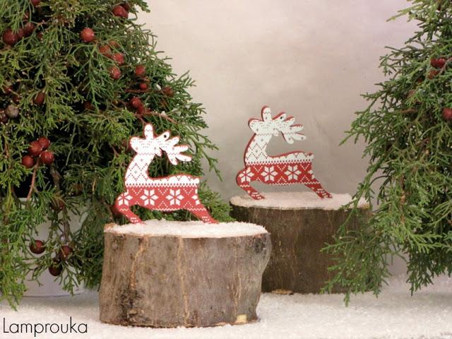 Φτιάξε χριστουγεννιάτικα δεντράκια με αληθινά κλαδιά.