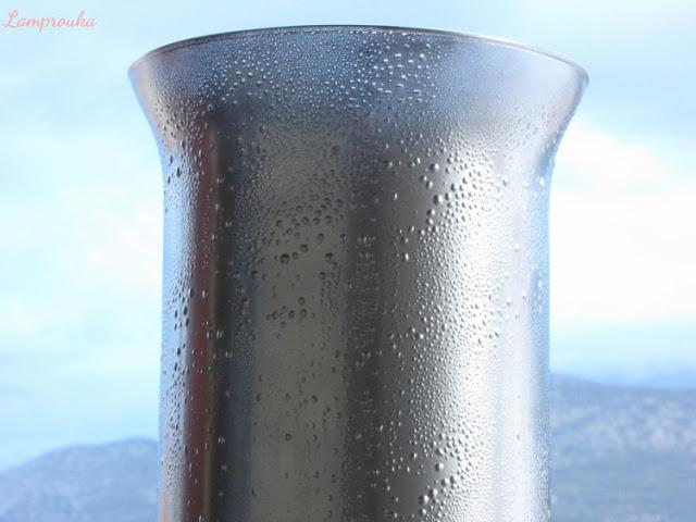 Τεχνική mercury glass  ή εφέ παλιού καθρέφτη σε γυάλινα βάζα.