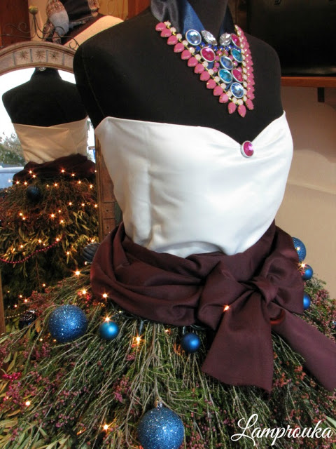 Χριστουγεννιάτικο δέντρο φόρεμα.
