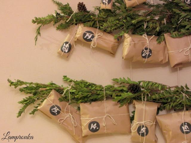 Diy χριστουγεννιάτικο ημερολόγιο με υλικά της φύσης.