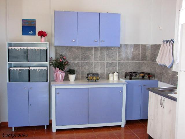 Ανακαίνιση εξοχικού-η κουζίνα στο σπιτάκι στο βουνό.