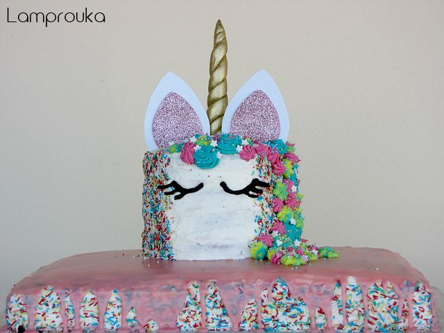 Φτιάξε διώροφη τούρτα μονόκερος.