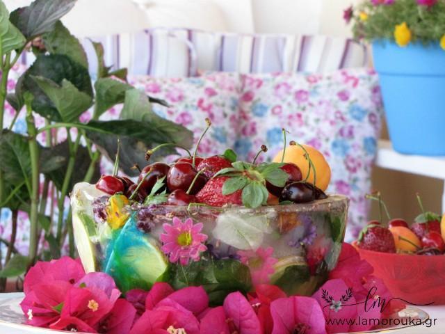 Πως να φτιάξεις ένα παγωμένο μπολ με λουλούδια.