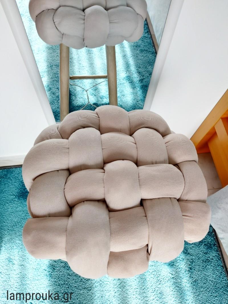 Μεταμόρφωση παλιού σκαμπό και diy μαξιλάρι με video