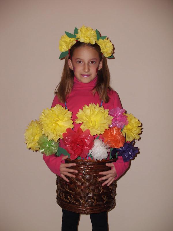 Αποκριάτικη στολή γλάστρα με χάρτινα λουλούδια