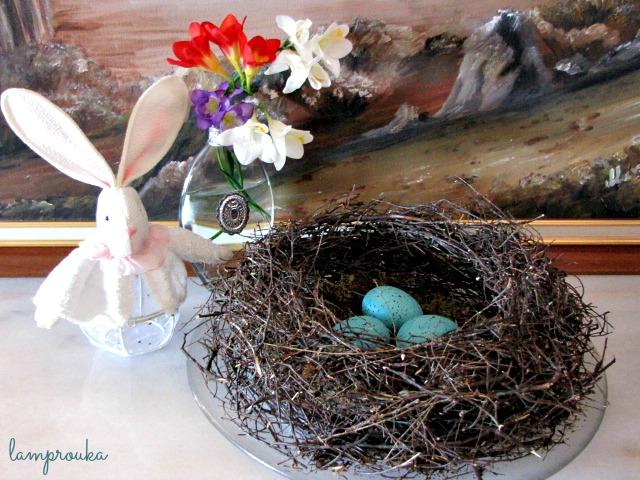 Πως να φτιάξεις φωλιά και πιτσιλωτά αυγά για το Πάσχα/εύκολες πασχαλινές κατασκευές με αυγά